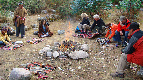 ceremony-around-fire-sacred-valley